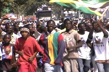 Haitians demonstrating for Aristide